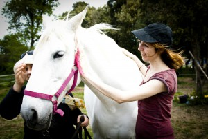 chicas con caballo
